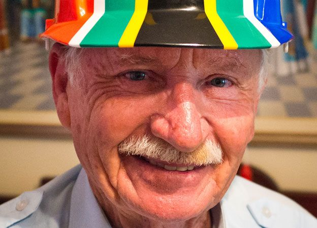 How the new South African flag was designed by Fred Brownell.  (Reminds me so much of my dad with that great smile, twinkle in the eye, and prickly moustache!!!).
