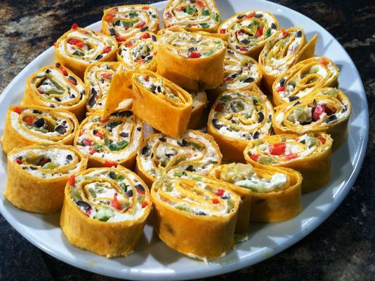 Cream cheese, ranch & more make up this recipe! Tortilla Pinwheels ...