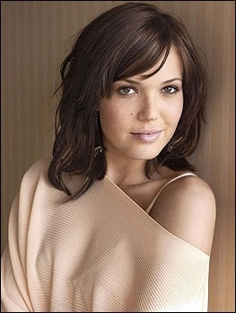 Mandy Moore: She is perfect for my Sandy