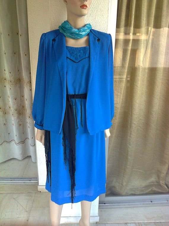 BIG SALE Vintage blue royal dress of late 80s with its by Lionsoul, €40.00