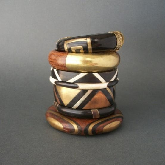 Collection of vintage wood and brass bangles - The Deeps - etsy
