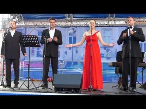 Súrodenci Babjakovci & O. Šaling: Funiculi, Funicula - YouTube