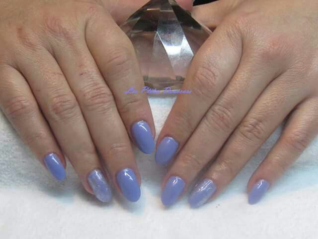 Sculpted acrylic nails with CND Shellac