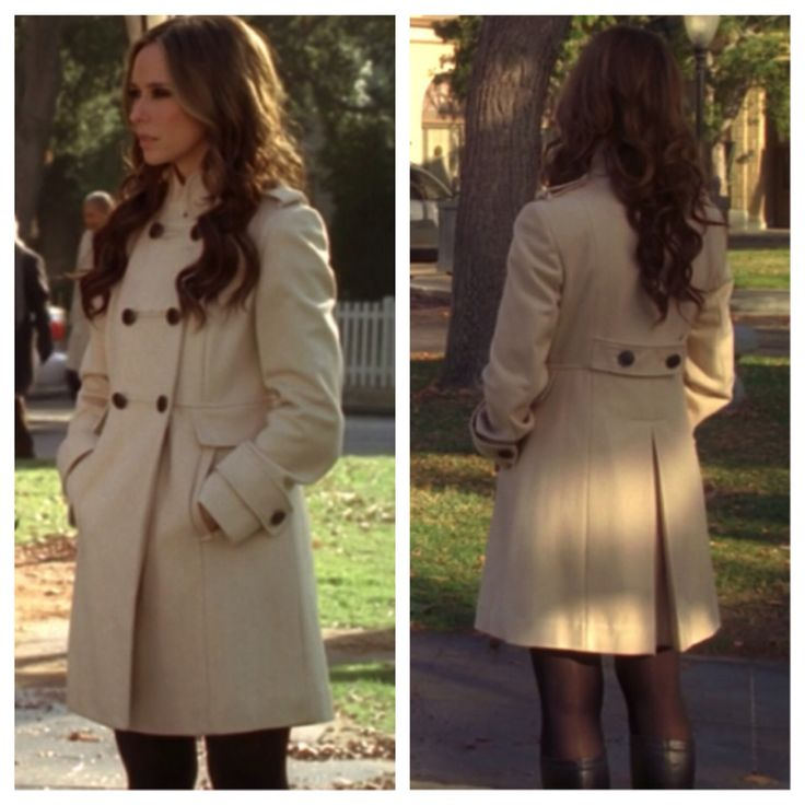 "Melinda Gordon's (Jennifer Love Hewitt) khaki trench coat on Ghost Whisperer Season 4 Episode 17 ""Delusions of Grandview"""