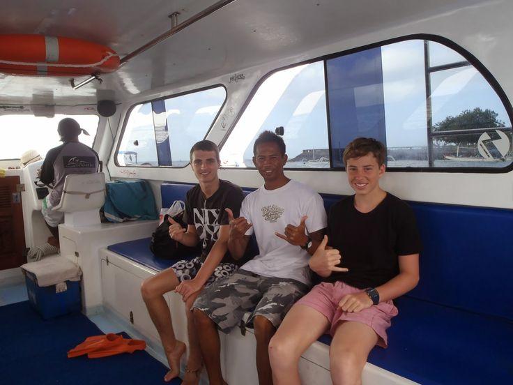 Bali Surf Guide: Lembongan Surf Boat Trips  Lembonagn surf boat tr...