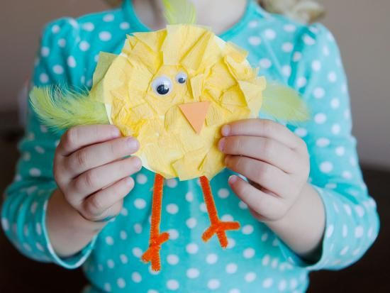 Cool project from www.kiwicrate.com/diy: Tissue Paper Baby Chicks. #easter #kidscrafts