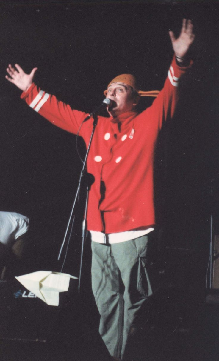 Freak Antoni 2002 in the Casbah