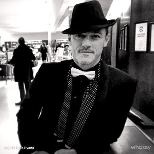 Luke Evans I like his hat! ❤️