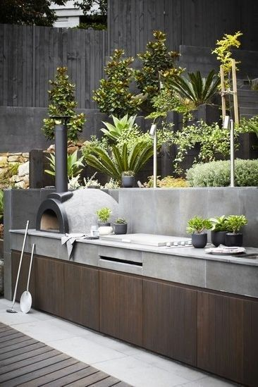 A garden kitchen | 22 Weird And Wonderful Features You'll Wish You Had In Your Garden