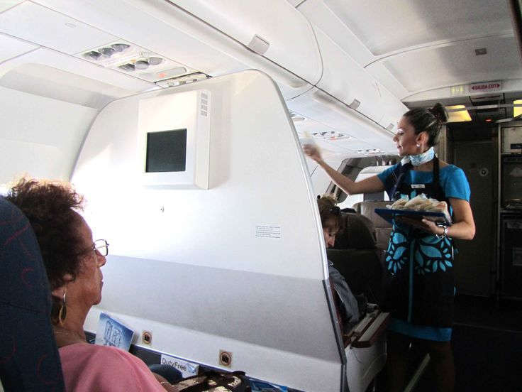 El vuelo con #TAME, línea áerea del #Ecuador desde #Galápagos a #Guayaquil fue un buen servicio www.placeok.com