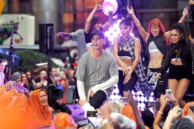 """It's no secret that Justin Bieber is in the middle of his comeback, and his grand parade back into the collective hearts of the public continued this morning with a Today show concert in the rain. 