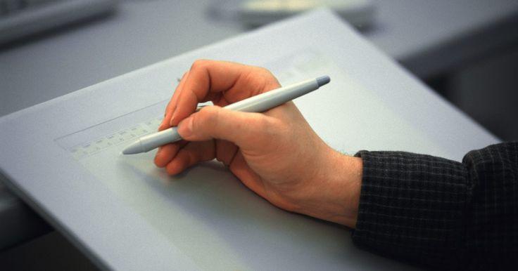 """Como traçar em uma mesa digitalizadora no Illustrator. Uma mesa digitalizadora é um dispositivo periférico importante para artistas que fazem criações digitais com o Adobe Illustrator. Desenhar com uma caneta """"stylus"""" ou outra ferramenta semelhante é mais fácil do que utilizar o mouse ou um """"trackpad"""", pois é possível aplicar pressões diferentes ou utilizar ângulos distintos com a caneta ao estilo de ..."""
