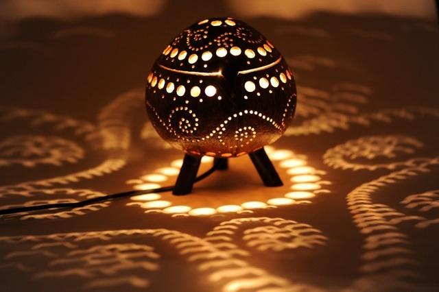 coconut lamp standing wave design