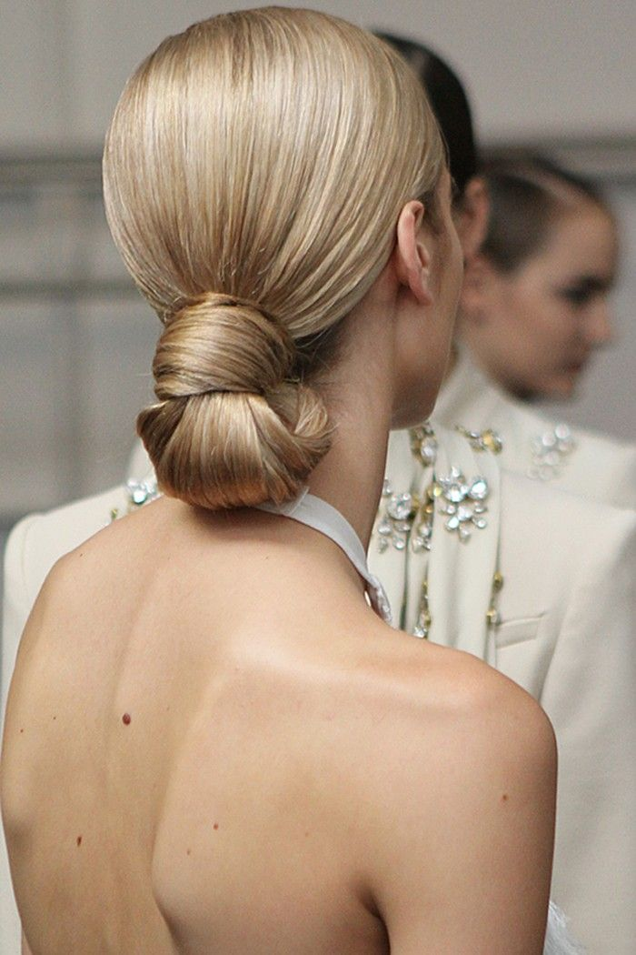 Sleek low bun-knot