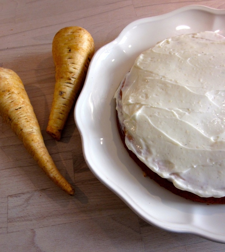 Parsnip cake with lemon topping