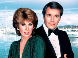 Hart to Hart (1979-1984) rich couple solve crimes in their free time.