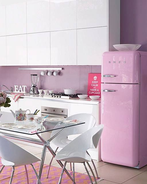 Pink Style :-) #smeg #design #smegdesign #style #50s #retro #retrostyle #smeg50style #inspiration #home #homestyle #kitchen #kitchendesign #ambiente #smegfridge #fridge #fridges #cool