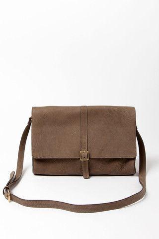Vannes Shoulder Bag in Taupe