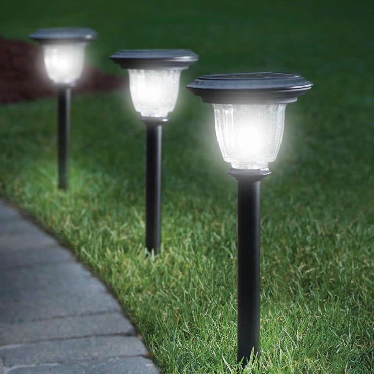 What Are the Longest Lasting Brightest Solar Garden Lights