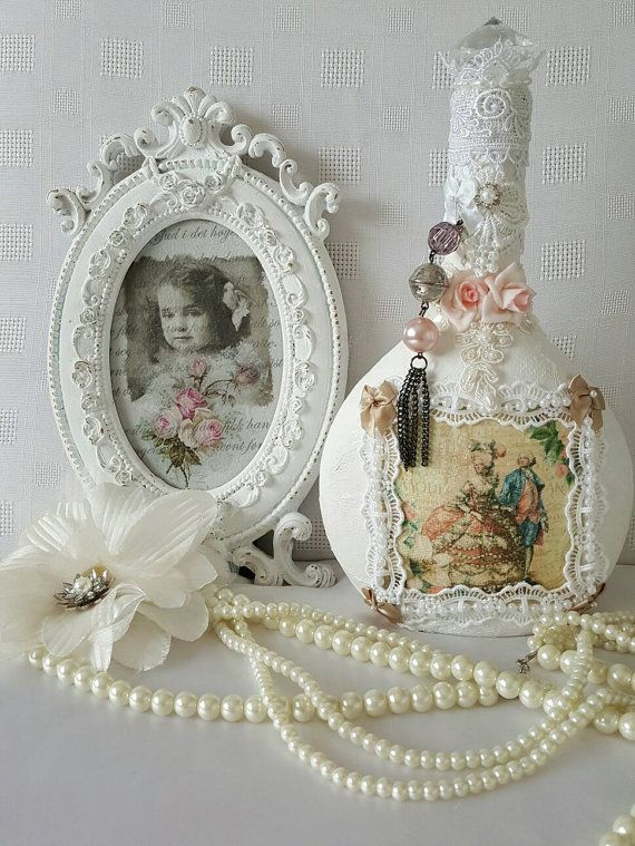 Check out this item in my Etsy shop https://www.etsy.com/uk/listing/247554546/marie-antoinette-shabby-chic-bottle