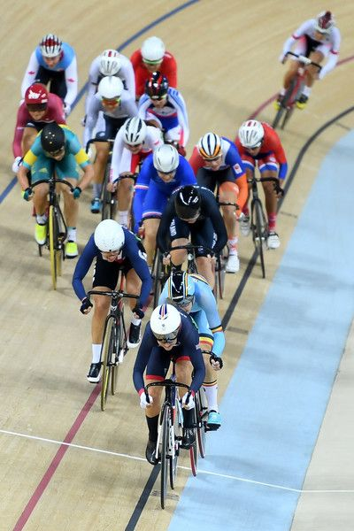 Laura Trott Photos Photos - Laura Trott of Great Britain leads the Women's Omnium Scratch Race 16 on Day 10 of the Rio 2016 Olympic Games at the Rio Olympic Velodrome on August 15, 2016 in Rio de Janeiro, Brazil. - Cycling - Track - Olympics: Day 10