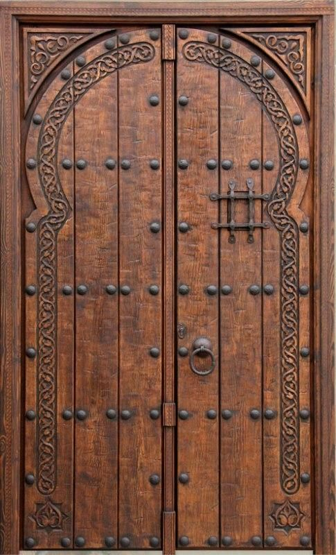 17 mejores ideas sobre puertas de madera rusticas en for Puertas de madera con herreria