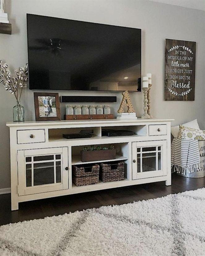 Cozy farmhouse living room decor ideas (42) #DecorIdeas #CozyLivingRooms