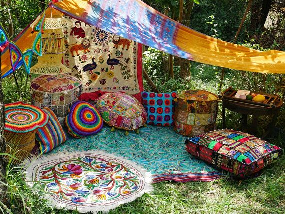 Hippie decor SET floor seating area | Boho canopy with decorative cushions and floor pillows | bohemian gypsy decor | meditation room
