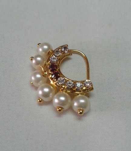 Small-Banu-Nath-Serial-Jai-Malhar-left-pierced-nose-ring-Maharashtrian-Jeweller