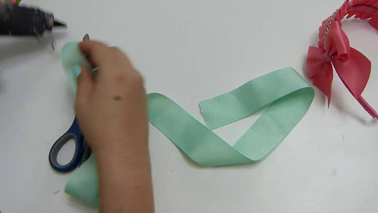 Como hacer diademas  cinta doblada para niñas
