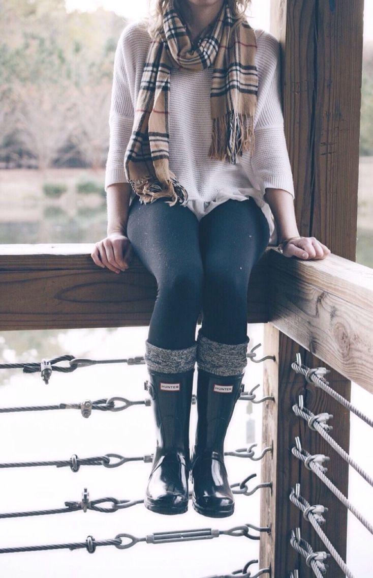 Black leggings + ivory sweater + black wellies + camel Burberry scarf