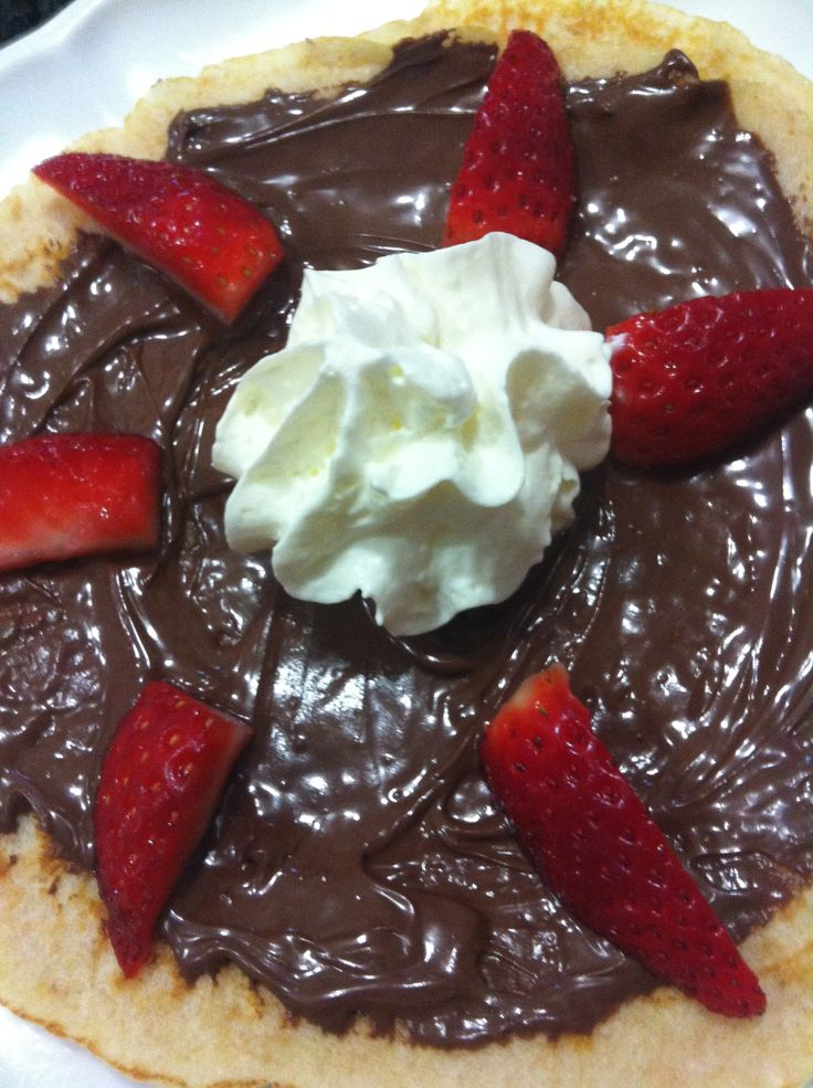 Pancakes with Strawberries, Nutella and Cream http://laylahvuletic.wix.com/my-cookbook