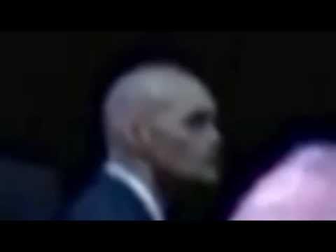 Obama es protegido por Aliens VIDEO REAL - YouTube