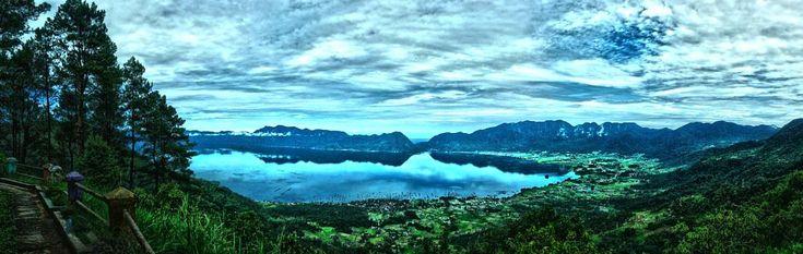 Panoramic View of Maninjau Lake by neilstha firman