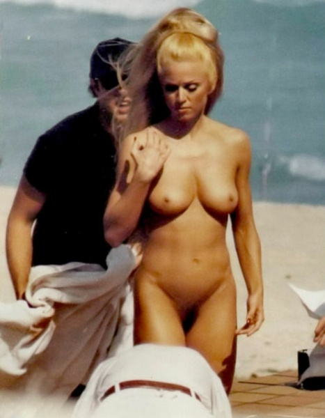 6+9. Sex & Rock & Roll - Página 5 1a271435ea83960e8f364d114fa68681--celebrity-pictures-madonna