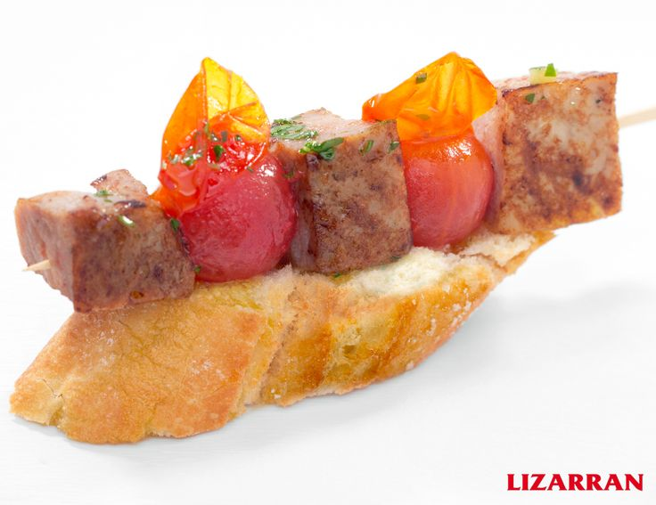 Brocheta de solomillo con tomatitos #Lizarran #Pinchos
