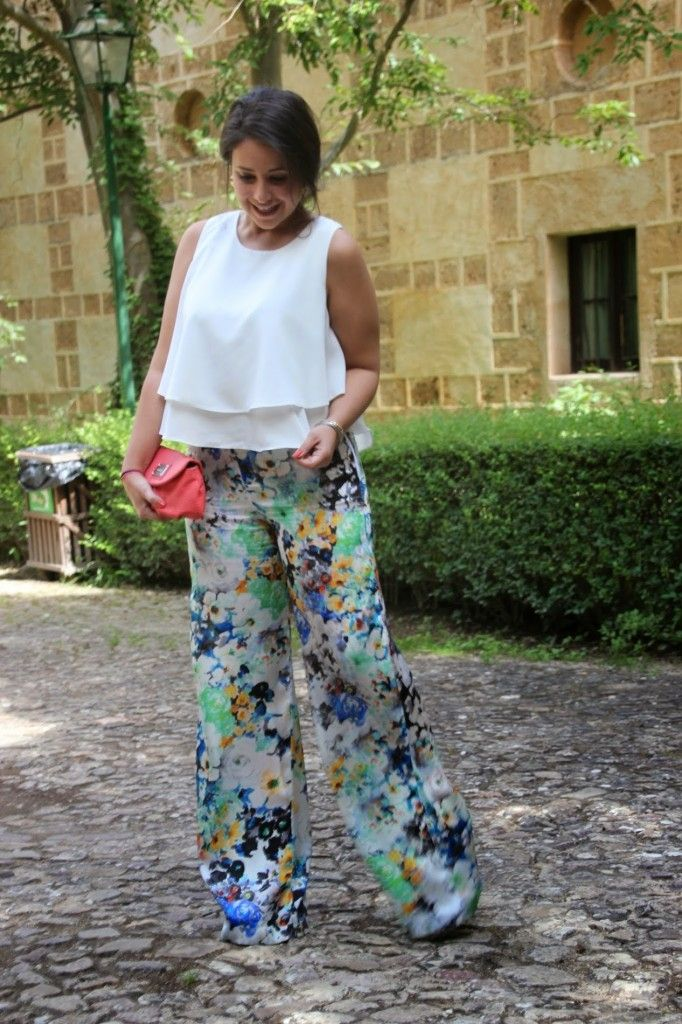 As does elephant leg pants.  Sewing and diy blog Patron pantalon pata de elefante