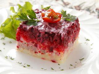 ベラルーシの家庭料理 ミンスクの台所のお店情報。ベラルーシの家庭料理 ミンスクの台所は、東京都六本木にある各国料理のお店です。六本木 麻布 ベラルーシ・ロシア家庭料理ならベラルーシの家庭料理 ミンスクの台所。ベラルーシの家庭料理 ミンスクの台所のメニュー、お店の雰囲気、アクセス方法、クーポン情報、ランチ情報、コースメニュー、お店のウリなどをご紹介。