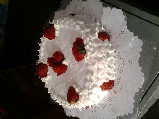 Torta con Pimpollos de frutillas