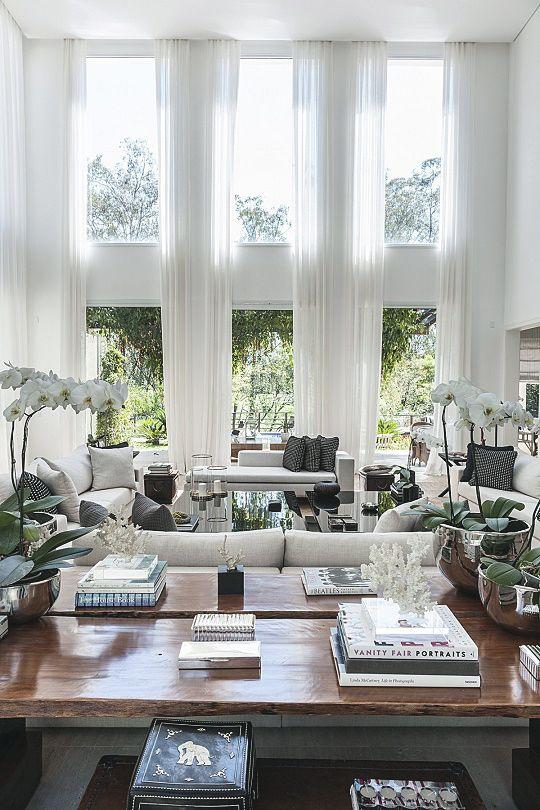 LIVING ROOM DESIGN | infinite ceilings - interior design by Christina Hamoui | bocadolobo.com/ #livingroomideas #livingroomdecor