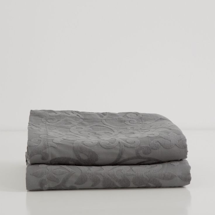 Katoenen chenille sprei en kussenhoes met damast - Dekens - Bed | Zara Home Holland