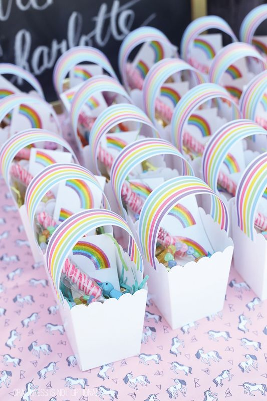 unicorn and rainbow birthday party. A beautiful creative way to present the crowd favourite lolly bags!
