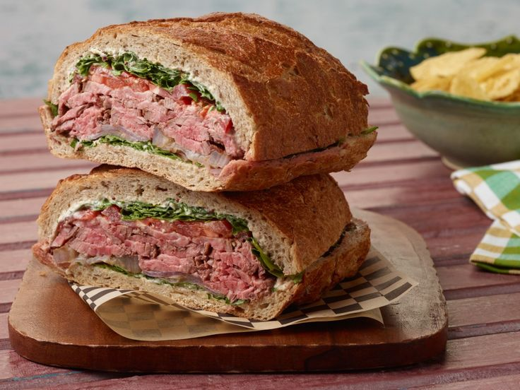 Pack everything you love about a steakhouse dinner into one hearty sandwich. The horseradish mustard spread adds a welcome kick, and the baby arugula brings on a peppery freshness.