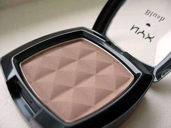 NYX Taupe Blush....makes a great contour for lighter skin tones