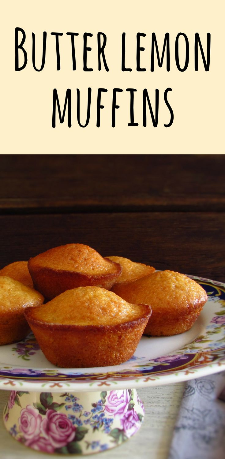 Butter lemon muffins | Food From Portugal. We suggest these butter lemon muffins for a snack with friends! They are fluffy, very tasty, have excellent presentation and are perfect to serve with a hot tea! #recipe #muffins