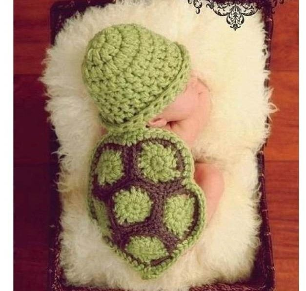 Crochet or knitted baby turtle shell . Can someone please make one for me please