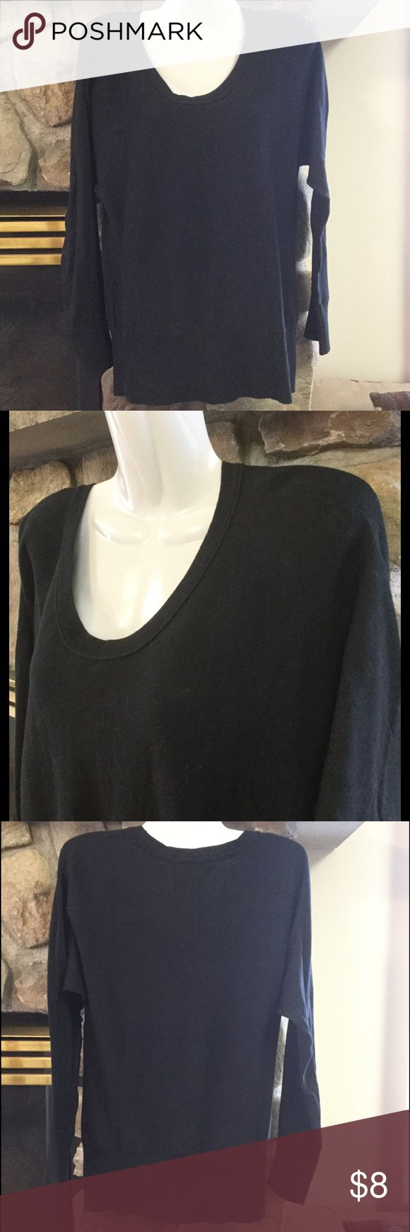 GAP Small Black Fine Knit Scoop Neck Sweater GAP Brand Size Small Black Scoop Neck Sweater. Bundle & Save On Shipping. GAP Sweaters Crew & Scoop Necks