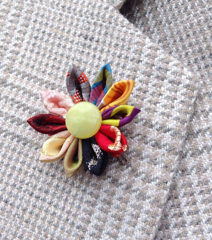 Custom Lapel Pins Mens Lapel Pin Flower Lapel Pin Silk Lapel Flower Colorful Daisy Boutonniere Groomsman Gift For Him Wedding by exquisitelapel on Etsy https://www.etsy.com/listing/237193106/custom-lapel-pins-mens-lapel-pin-flower