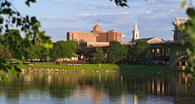 Getaway to Rockford, Illinois | Midwest Living