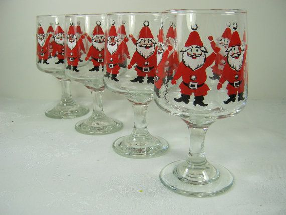 Vintage santa wine glasses christmas georges briard for Holiday stemware